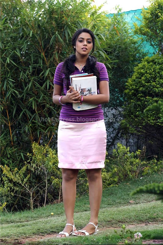 Poorna hot and spicy image