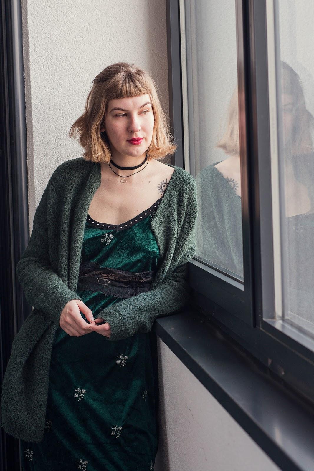 filipa canic, filipa canic blog, youarethepoet, you are the poet blog, haris rustemovic photography, zaful, green velvet dress,