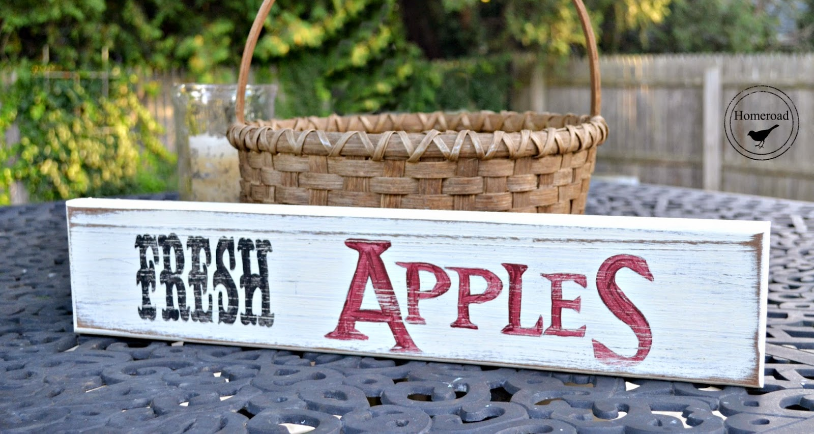 hand-painted-distressed-fall-signs www.homeroad.net