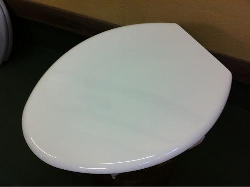 21 - カスタムペイント工程 便座 エアブラシ ホワイト