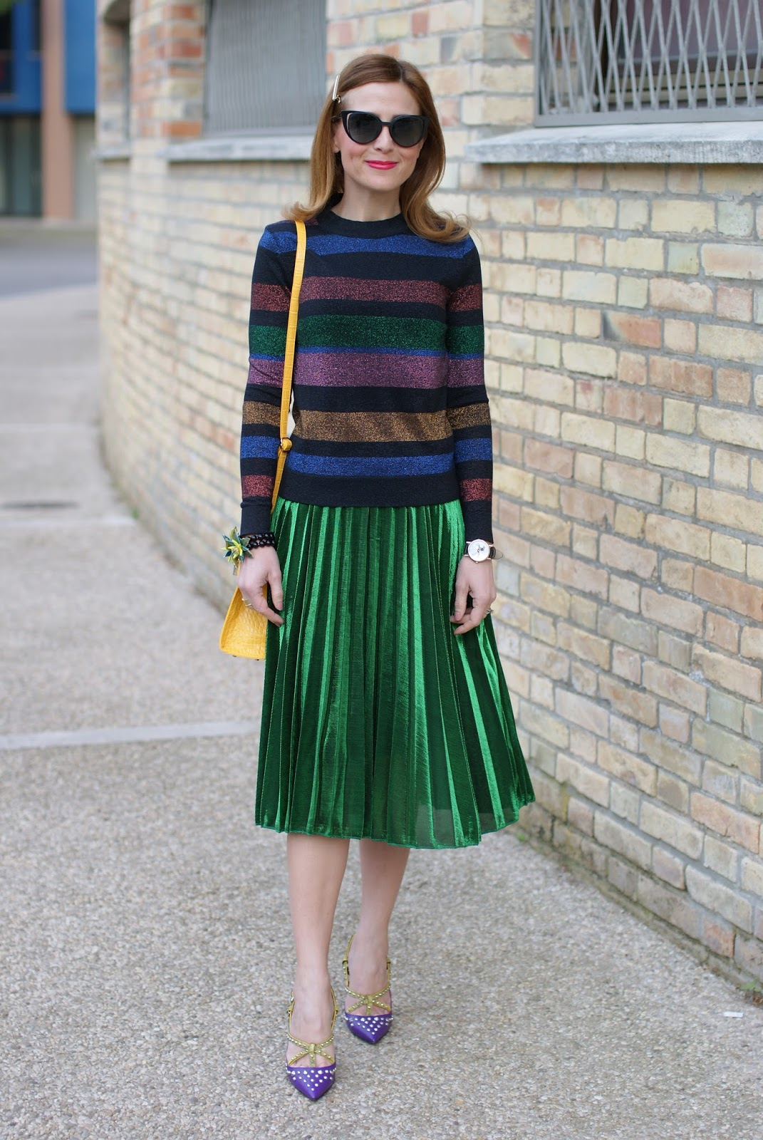 Gucci style green metallic pleated skirt, striped metallic blouse, Cesare Paciotti heels on Fashion and Cookies fashion blog, fashion blogger style