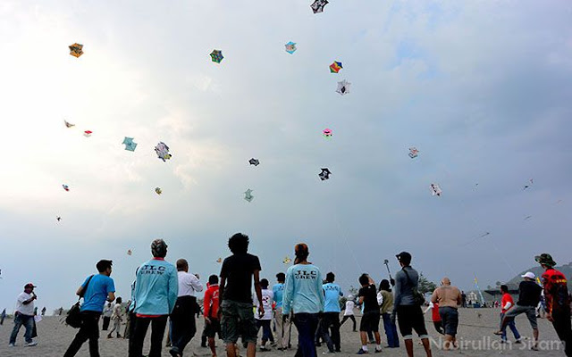 Festival Layang-layang di Pantai Parangkusumo, Bantul, DI Yogyakarta