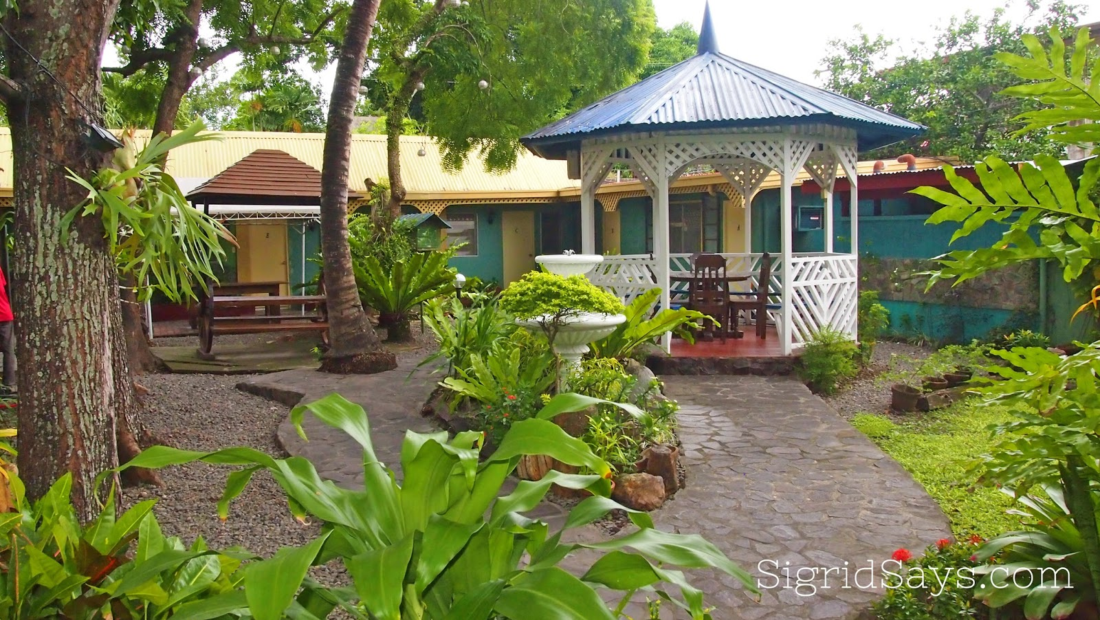 Saltimboca Tourist Inn - Bacolod hotels
