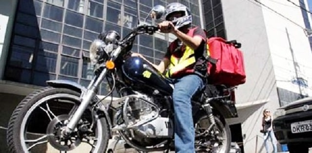 Pizzaria Contrata Motoboy para Início Imediato no Rio de Janeiro - Contato pelo Whatsapp até o dia 03/11