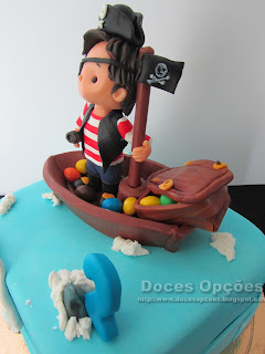 boat cake  pirates