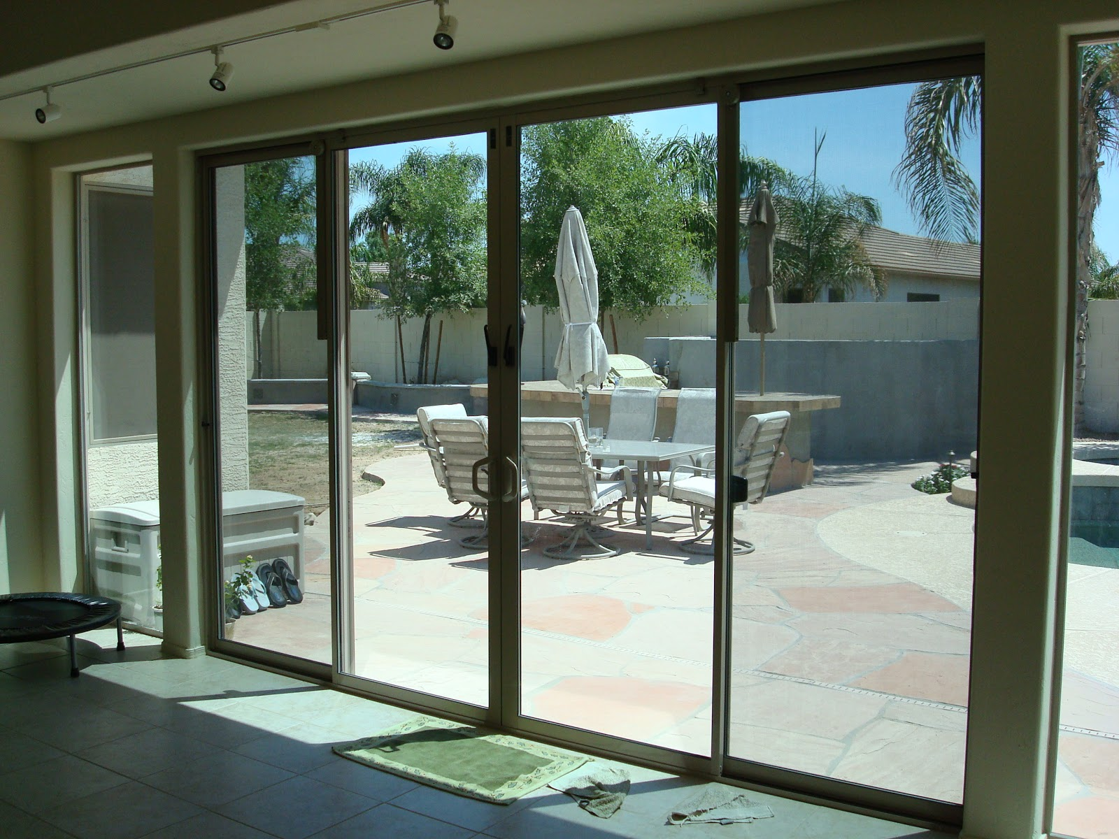 Az Enclosures And Sunrooms 602 791 3228 March 2012