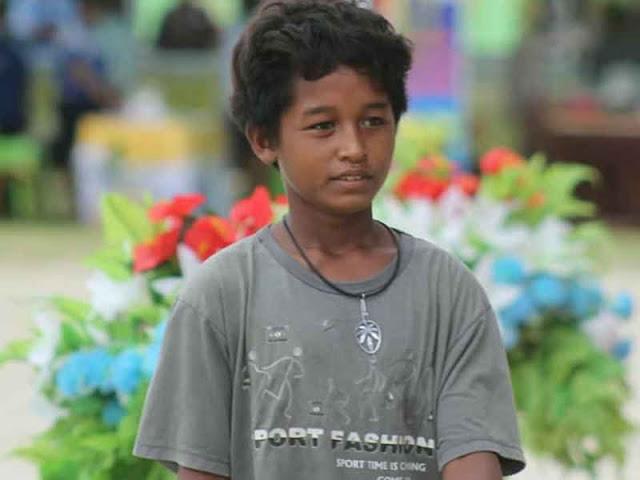 Resa Mangar, seorang bocah kampung di wilayah perbatasan NKRI, tepatnya di Kota Dobo
