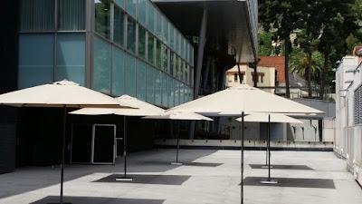 https://www.eventopcarpas.com/mobiliario-eventos-t-3-es