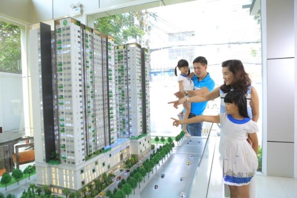 Diễn viên Bình Minh đón nhà mới cùng gia đình