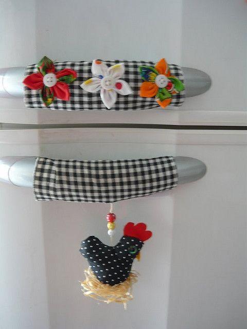 12 ideas para hacer adornos de tela y fieltro para decorar for Telas de cocina