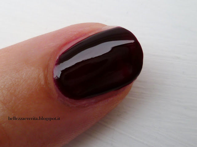 essie-wicked-swatch