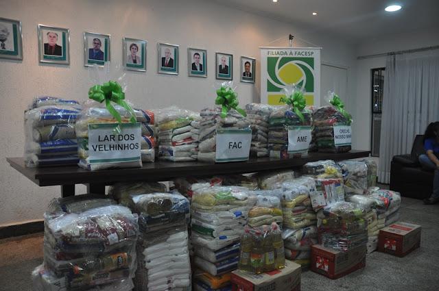 ACIAR doa mais de uma tonelada de alimentos para entidades de Registro-SP