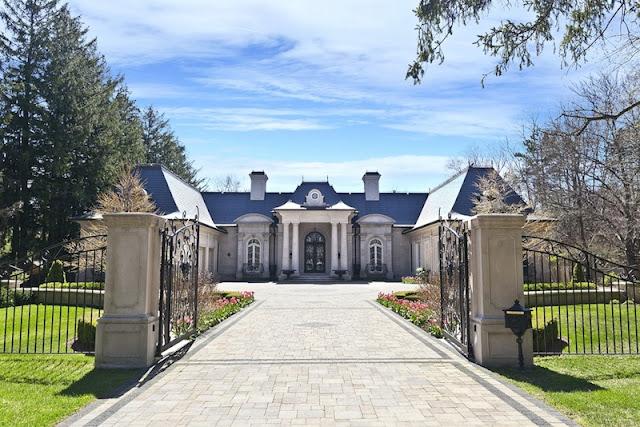 Luxury Homes In Oakville Ontario