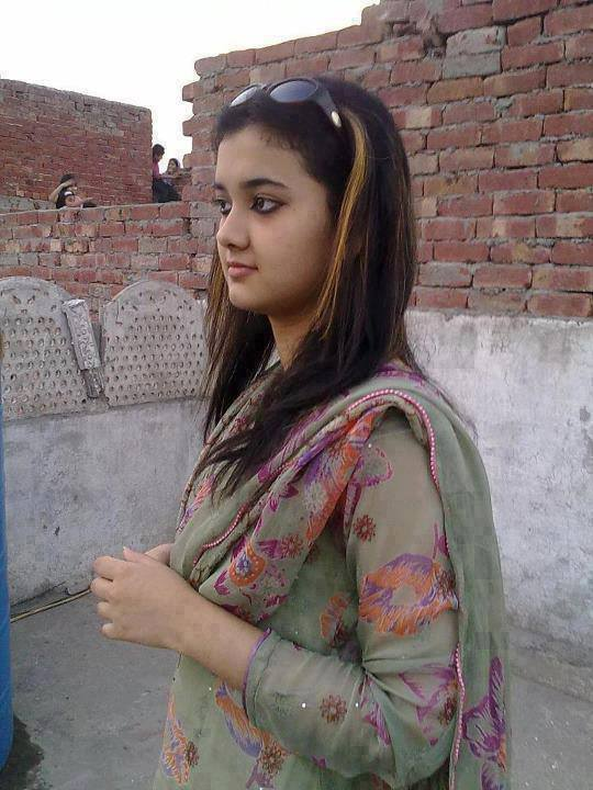 Peperonity young indian girl — photo 13