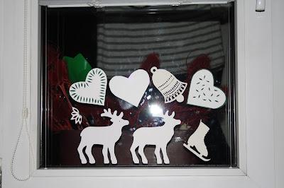 papírové dekorace, jak vyrobit, papírový věneček, vánoční dekorace z papíru, vánoční dekorace sobi
