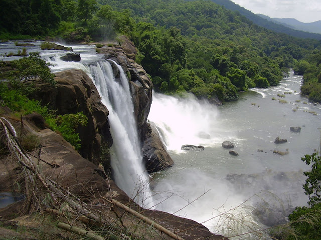 Athirappaly Vazhachal Water fall Pics