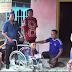 Kini Ustad Slamet Mulyo Tak Lagi Merangkak, LPL Mina Samudra Batang Beri Bantuan Kursi Roda Dan Modal
