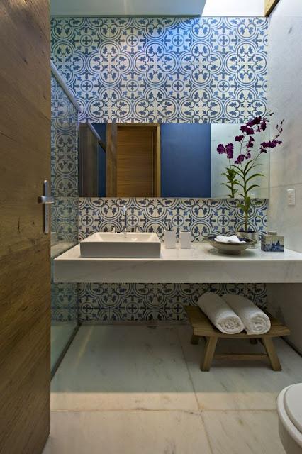 banheiro-pequeno-moderno-11