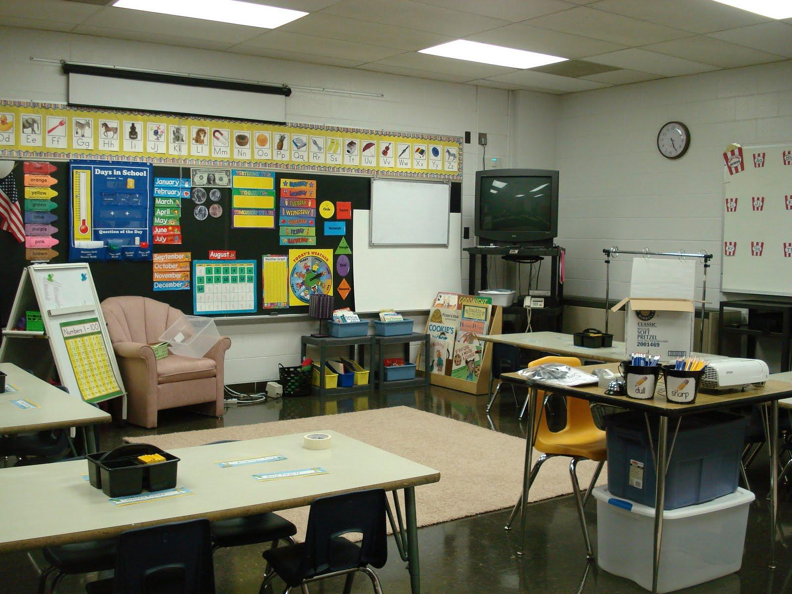 Kindergarten Classroom: Kindergarten Hill: Classroom Set-Up