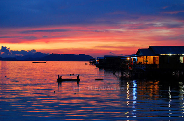 Sunset photo at Mabul Island