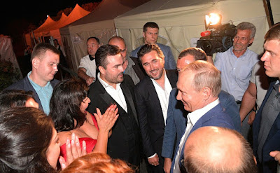 At the Opera in Chersonese International Music Festival. Vladimir Putin talked with the performers after the concert.