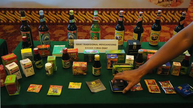 Banyak Dijual di Warung, ini Daftar 54 Obat Tradisional Berbahaya yang Ditarik BPOM