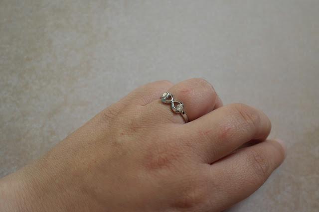 http://www.neejolie.fr/bague-bague-pierre-rhin-bague-argente-dcoration-bijoux-p-23998.html