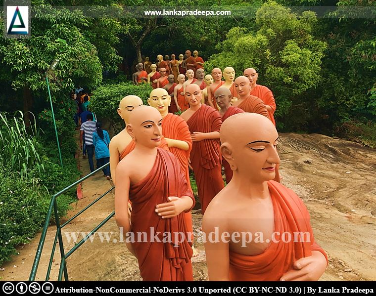 Statues of eighty great disciples, Ranawana Viharaya