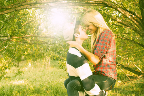 Couple Love Wallpapers  Couple Love Kissing Wallpapers -7901