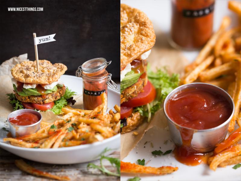 Gesunde Burger mit glutenfreien Low Carb Buns und veganen Patties