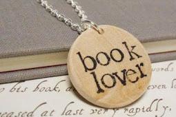 Tujuh Bukti Pecinta Buku Sejati Tak Pernah Menjomblo