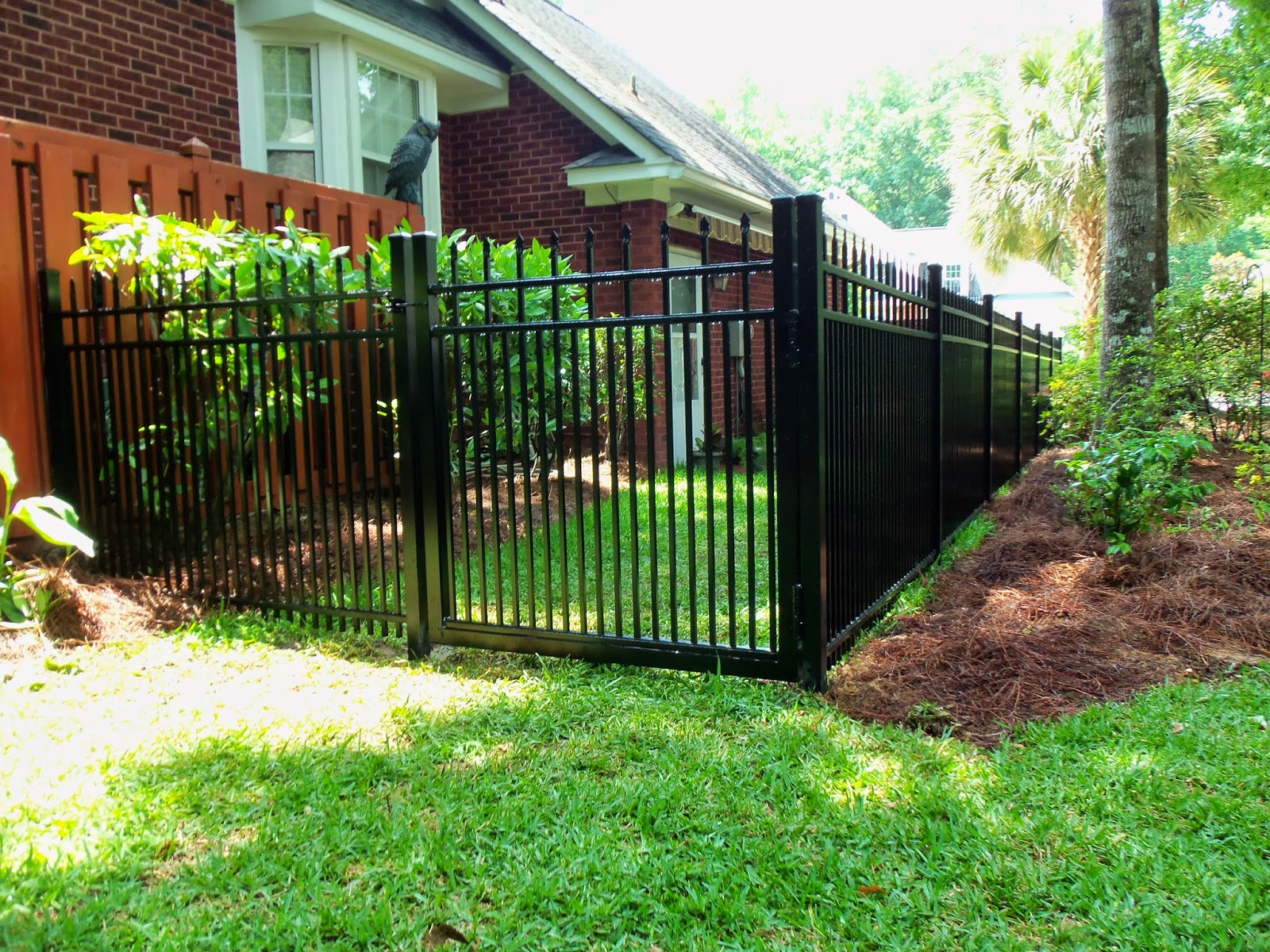 Town & Country Fences, LLC: Alumi-Guard's Belmont Royale