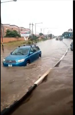 Road Turns To Ocean As Cars Swim After Heavy Rain Fall In Ogba, Lagos