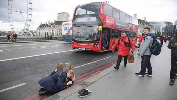 Theresa May se solidariza con víctimas del ataque en Londres