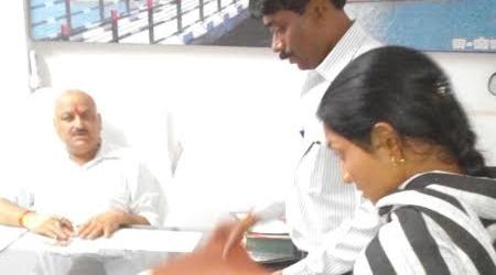 मृत अध्यापक की पत्नी ने अनुकम्पा के बदले 1 लाख रूपये लेने से इनकार किया