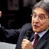Petista Fernando Pimentel lidera disputa ao Senado por MG; Kalil está na frente para governador