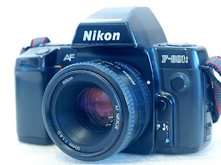Nikon F-801s, Front right