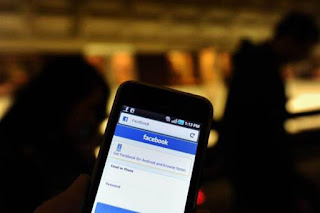 IF YOU ARE ABUSIVE ABOUT TEACHERS ON FACEBOOK, YOUR CHILDREN COULD BE EXPELLED