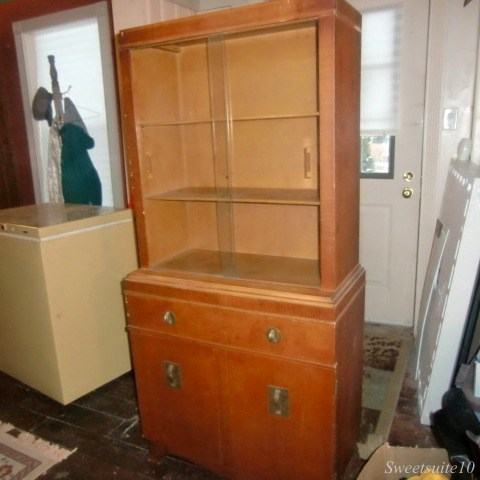 New vintage hutch