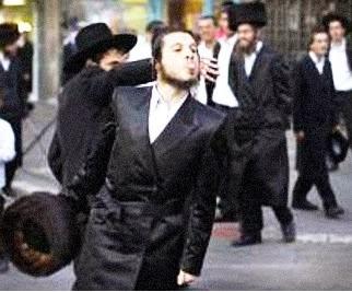 Resultado de imagem para abusos de ortodoxos em Israel