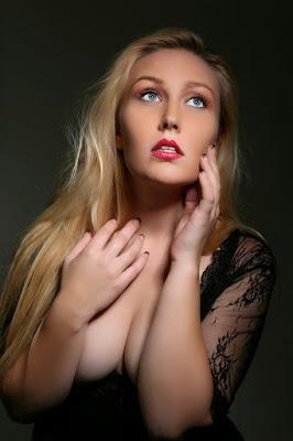 http://www.modelmayhem.com/BrianneB