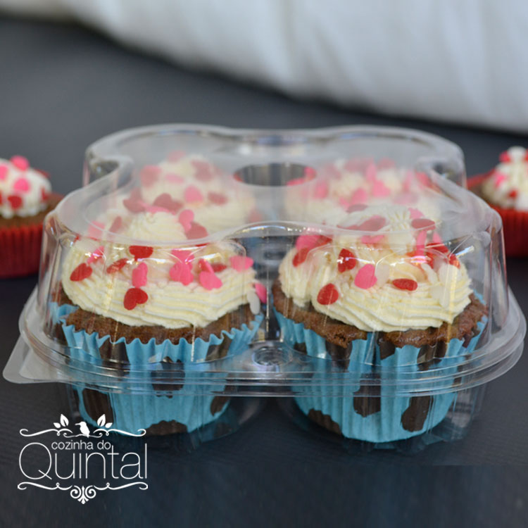 Cupcakes protegidos e prontos para serem entregues na embalagem Galvanotek G 15