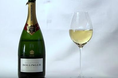 Rượu Champagne được yêu thích trong các bữa tiệc