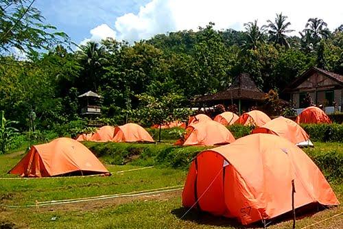 https://3.bp.blogspot.com/-5sjfxO35mVU/XVucUxrKJDI/AAAAAAAAEpY/rkh34ye5J5sA7p3Jb73HGV8QTc20NRcugCK4BGAYYCw/s1600/paket-camping-jogja-desa-wisata.JPG