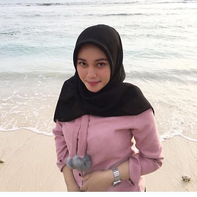 Hijaber Surabaya