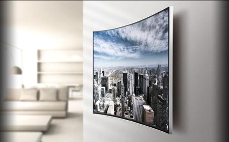 Tv Aan Muur : Woonkamer tv kast muur tot muur met onderste gedeelte met deurtjes