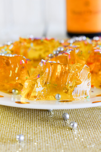 Cassie Cakes Champagne Jelly Shots