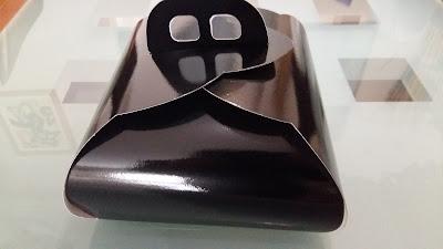 caja pastel negra