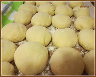pączki drożdżowe z ziemniakami, tłusty czwartek