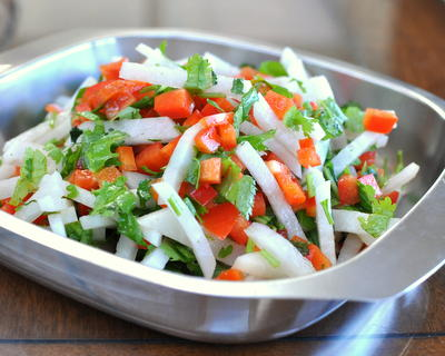 Daikon & Pepper Salad, another simple seasonal salad ♥ AVeggieVenture.com